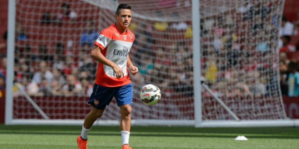 La Alexismanía no para: Ahora reparten máscaras de Sánchez en Arsenal