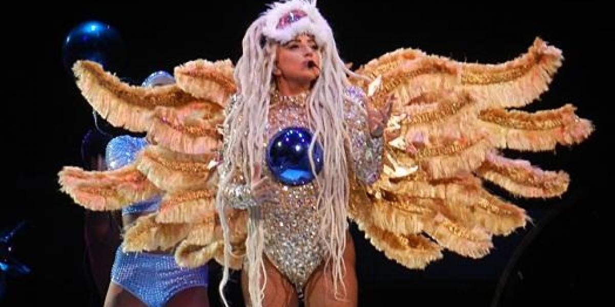 Lady Gaga hospitalizada de urgencia