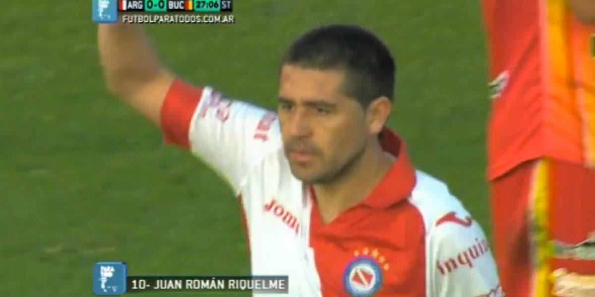 Video: ¡Es un crack! Riquelme se anotó con tremenda joya en su debut