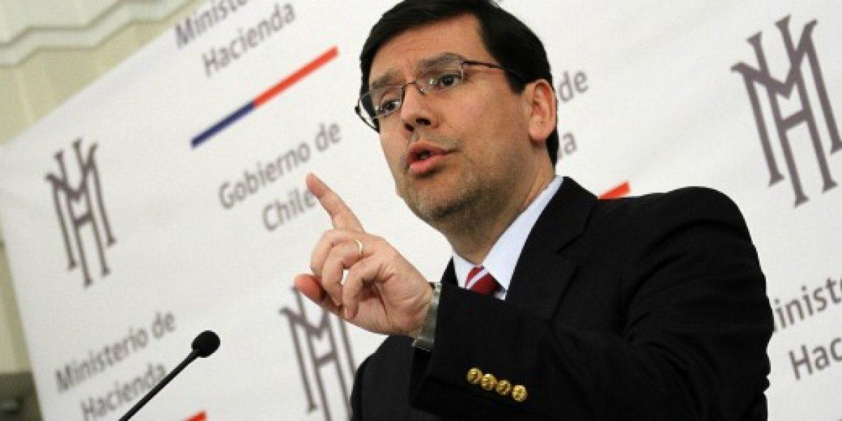Arenas: Indicaciones a reforma tributaria aumentará recaudación a US$8.300 millones