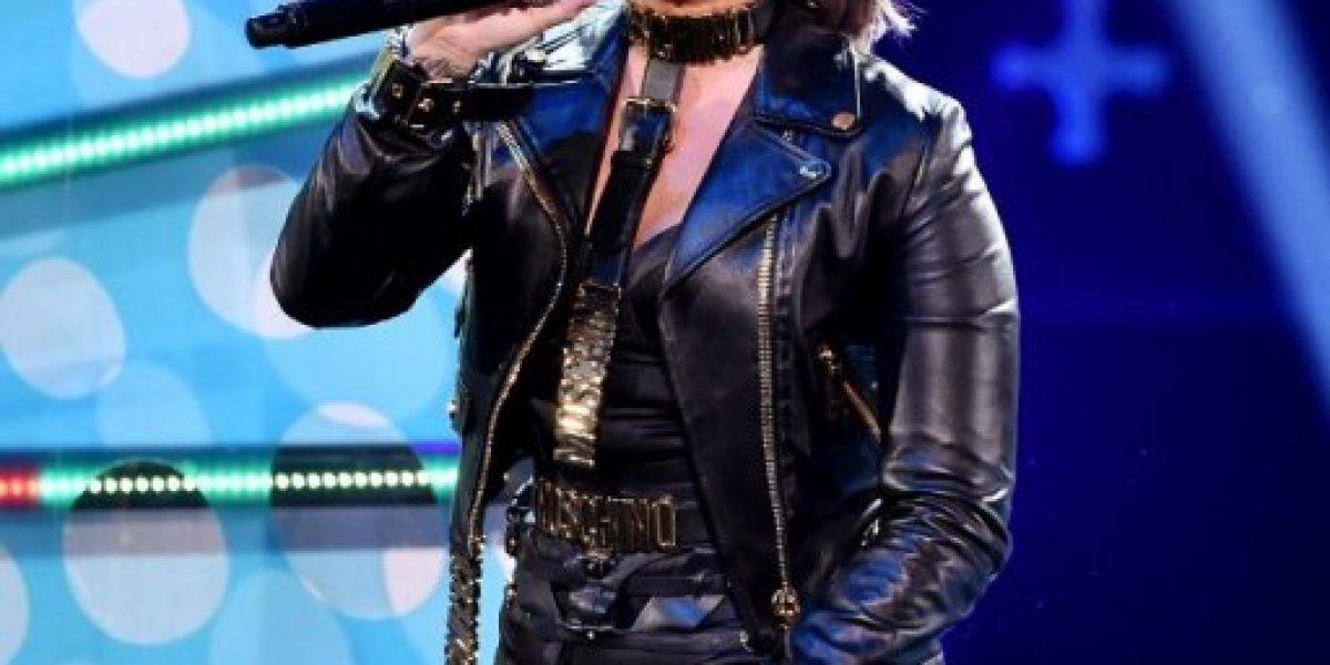 Demi Lovato arrasa en los premios Teen Choice Awards 2014