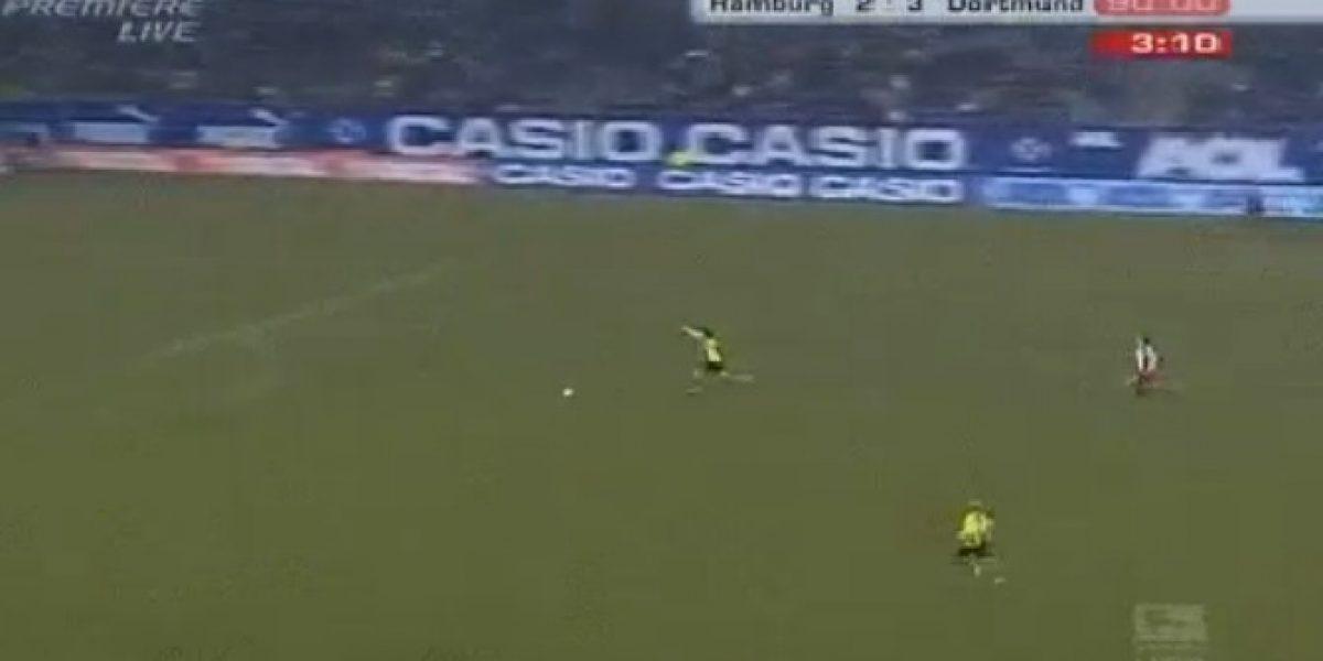 Video: ¿Celebrar después de hacer el gol? Este jugador sí que se adelantó