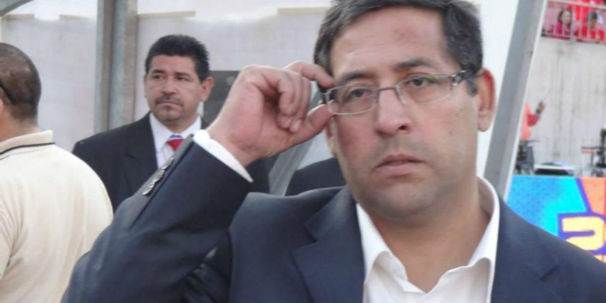 ¿Quién es Víctor Gómez? El periodista que ha remecido el ambiente del fútbol chileno