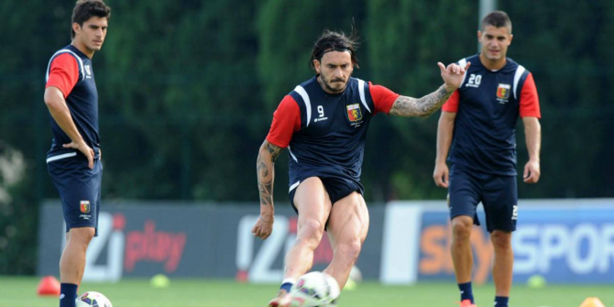 Mauricio Pinilla tuvo un debut goleador con la camiseta del Genoa