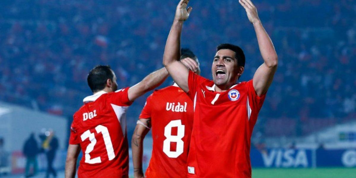 A David Pizarro no se le agotan sus ganas por vestir la Roja: