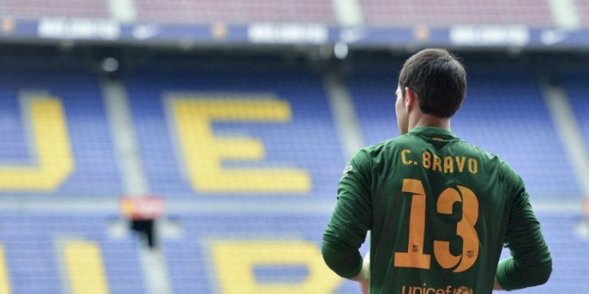 No quieren a Bravo: Hinchas del Barcelona eligieron su once ideal para la temporada