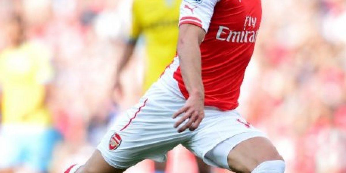 Alexis fue titular en el primer triunfo de Arsenal en la Premier League