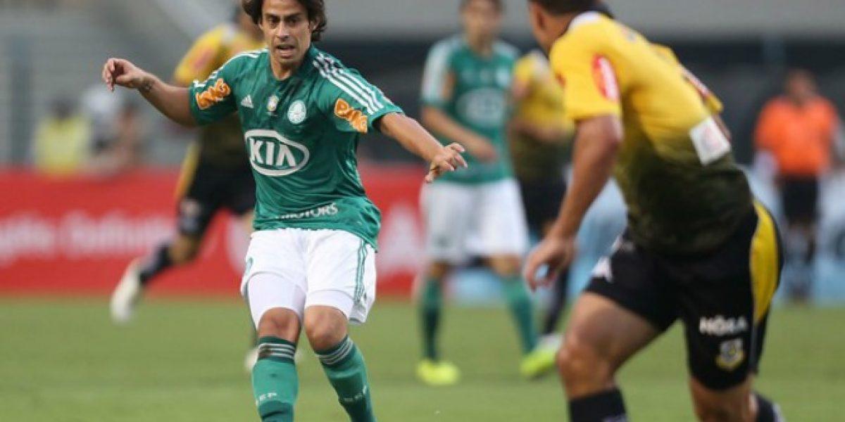 Sólo 18 minutos: Jorge Valdivia se lesionó y salió llorando de su redebut en Palmerias