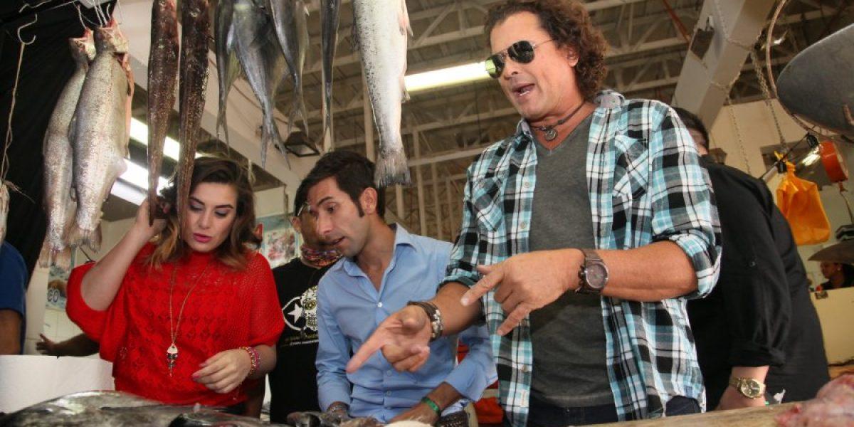 Carlos Vives grabó videoclip para la teleserie de Mega en el Terminal Pesquero
