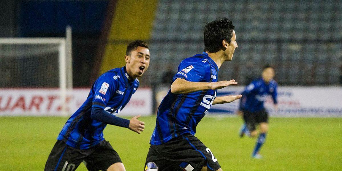 Con la fuerza goleadora de Andrés Vilches, Huachipato pegó fuerte en casa ante San José