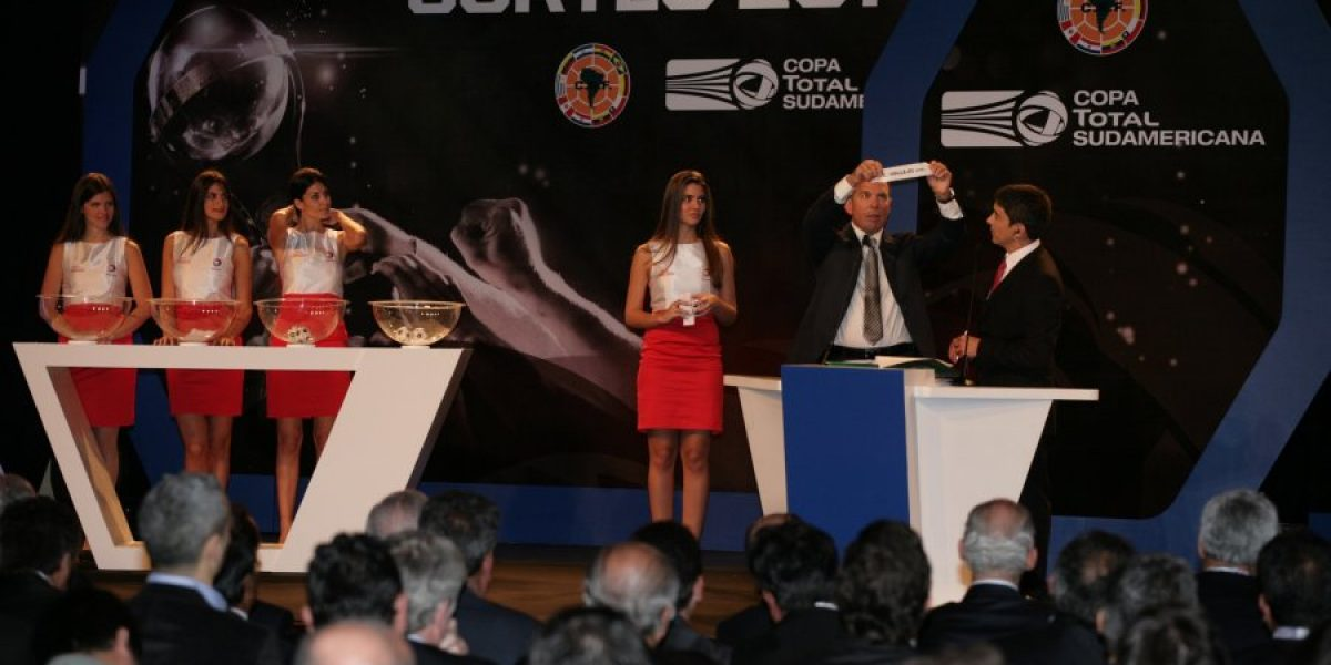 Concurso: participa y gana entradas para ver a la UC en la Copa Sudamericana