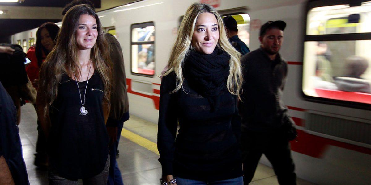 Ella Baila Sola y Amistades Peligrosas deleitaron a los pasajeros del Metro