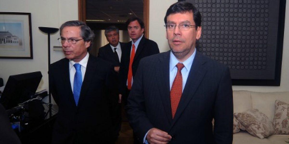 Arenas se reúne con diputados de la Nueva Mayoría por reforma tributaria