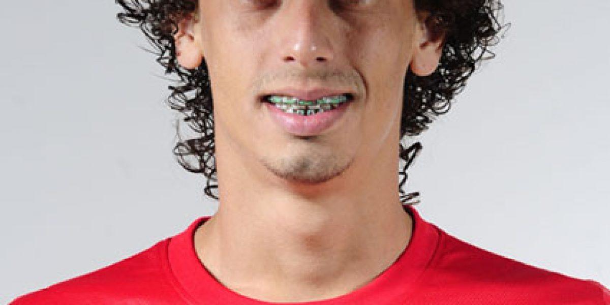 Es brasileño, juega de 10, se cree Valdivia... pero no tiene magia