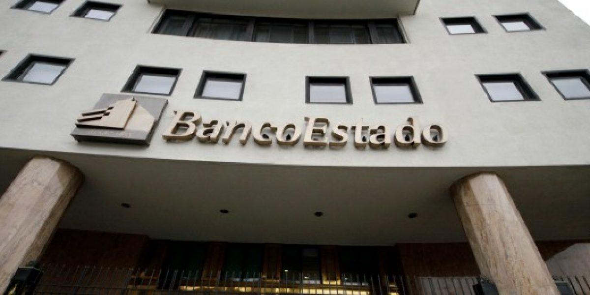 Bachelet firma proyecto de capitalización de BancoEstado por US$450 millones