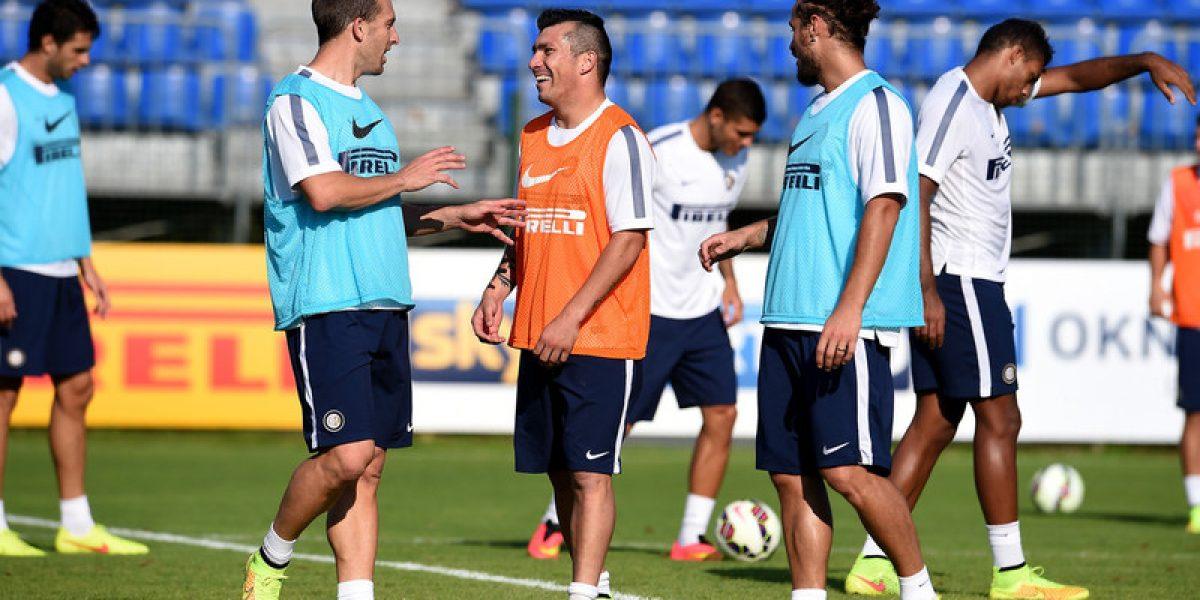 Encontró a sus socios: Medel se volvió a juntar con sus compañeros de Inter