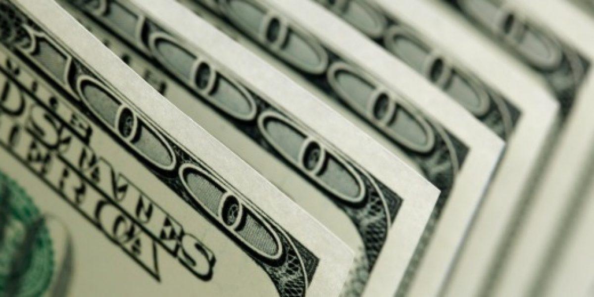 Argentinos vuelven a batir récord por compra de dólares para el ahorro