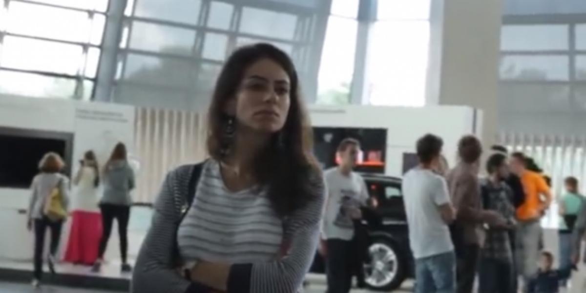 Fanático de los BMW realiza una inesperada propuesta de matrimonio