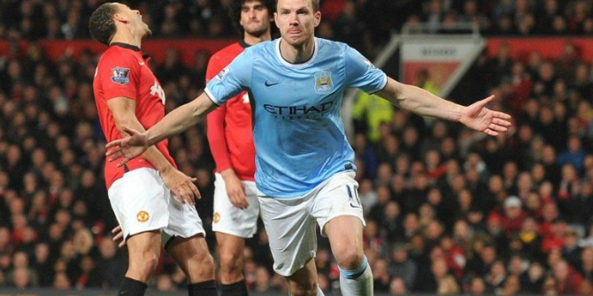 ¿Jugador del City se burla en Twitter por el papelón de Manchester United?