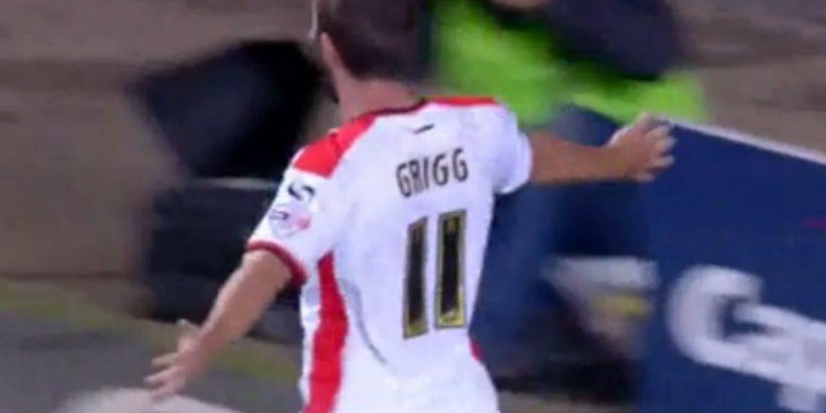 Video: hasta un golazo de pecho... así fue la paliza que sufrió Manchester United