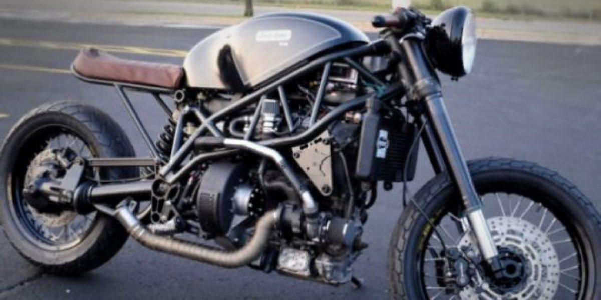 Inventan motocicleta que funciona con tocino