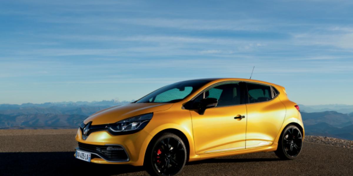 Llega nuevo Clio RS a Chile