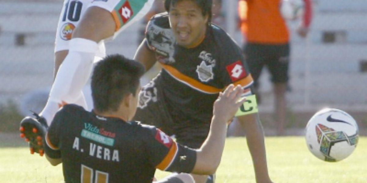 ¡Insólito! Juez expulsó a dos jugadores de General Díaz por pelear entre ellos