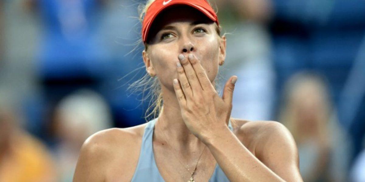 María Sharapova suda frio para sacar boletos a la tercera ronda del US Open