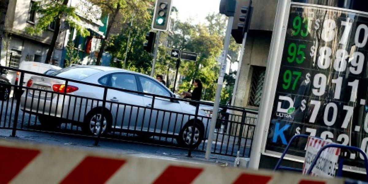 ¡Otra vez! ENAP anuncia nueva alza en el precio de los combustibles