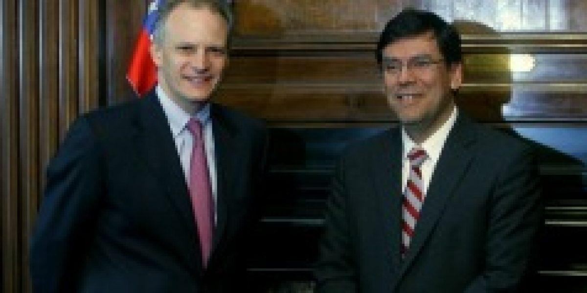 Director regional del FMI anuncia nueva baja en proyección de crecimiento de Chile para 2014