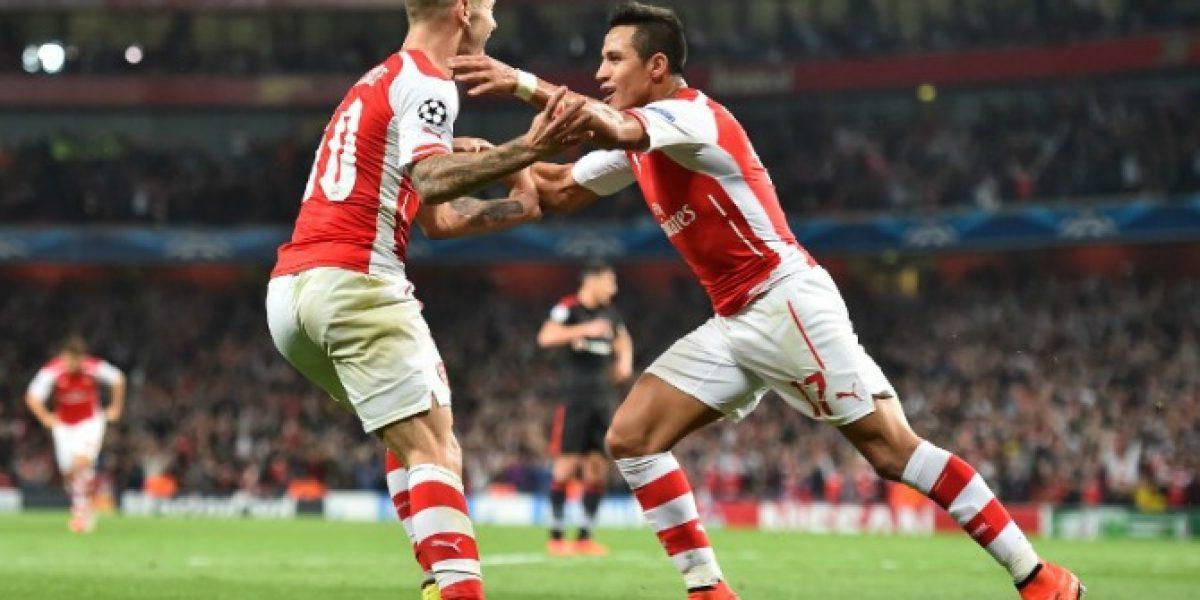Los compañeros de Alexis lo llenaron de elogios tras su gol en la Champions