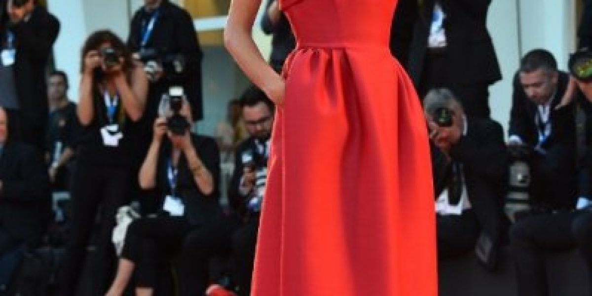 Galería: Alessandra Ambrosio y Emma Stone acaparan toda la atención en Festival de Venecia