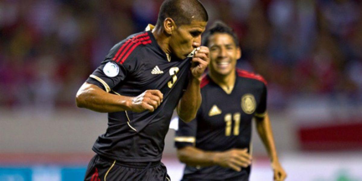 Carlos Salcido anunció su retiro de la selección mexicana de fútbol