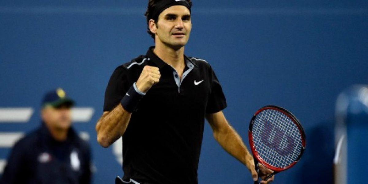 Roger Federer no brilla, pero avanza en busca de su sexta corona en el US Open