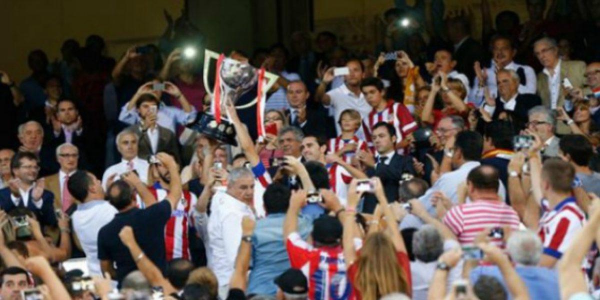 ¿Cómo? El Atlético recibe su trofeo de campeón de Liga 105 días después