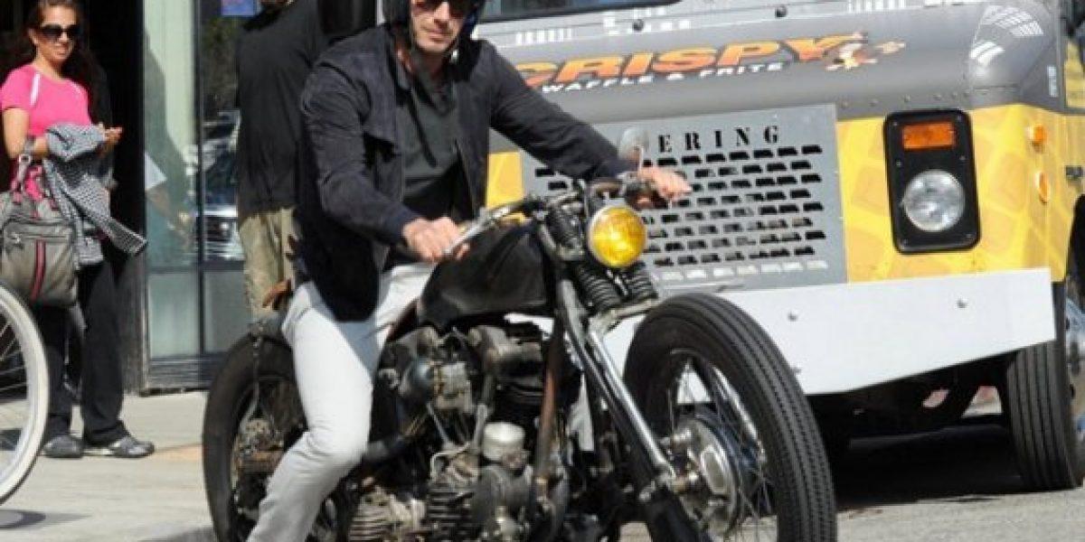 David Beckham sufre accidente en motocicleta esquivando paparazzi