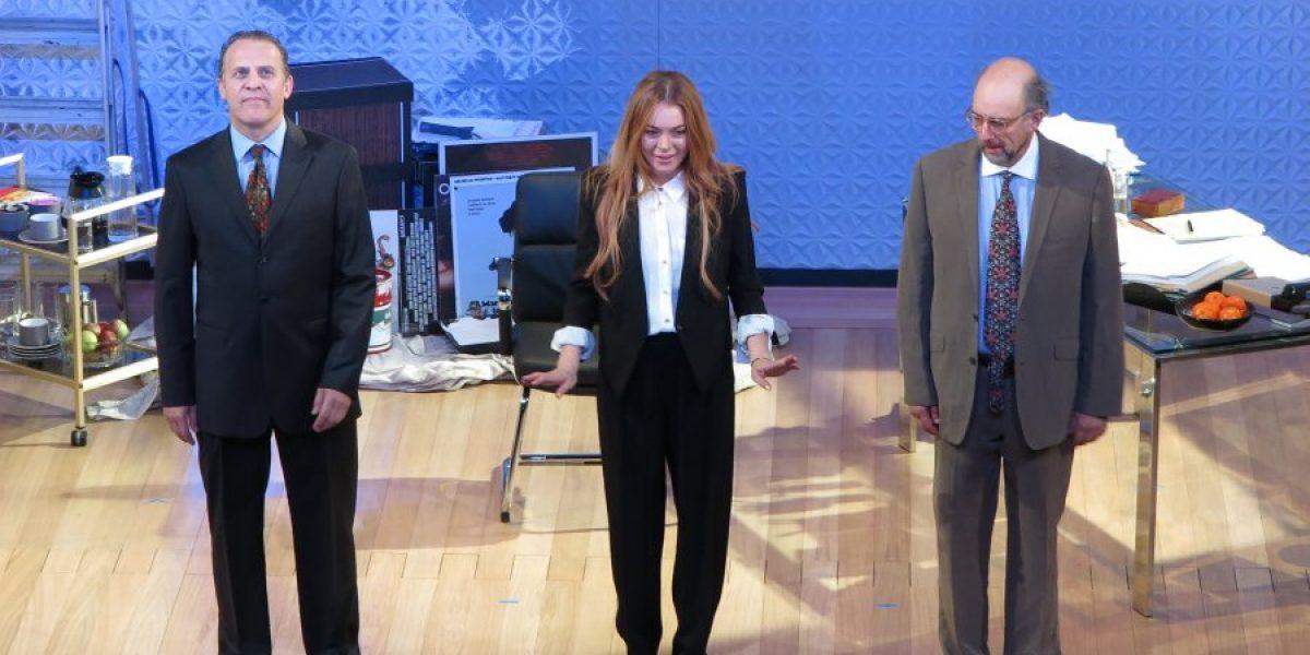 Lindsay Lohan es objeto de burlas en su debut en teatro
