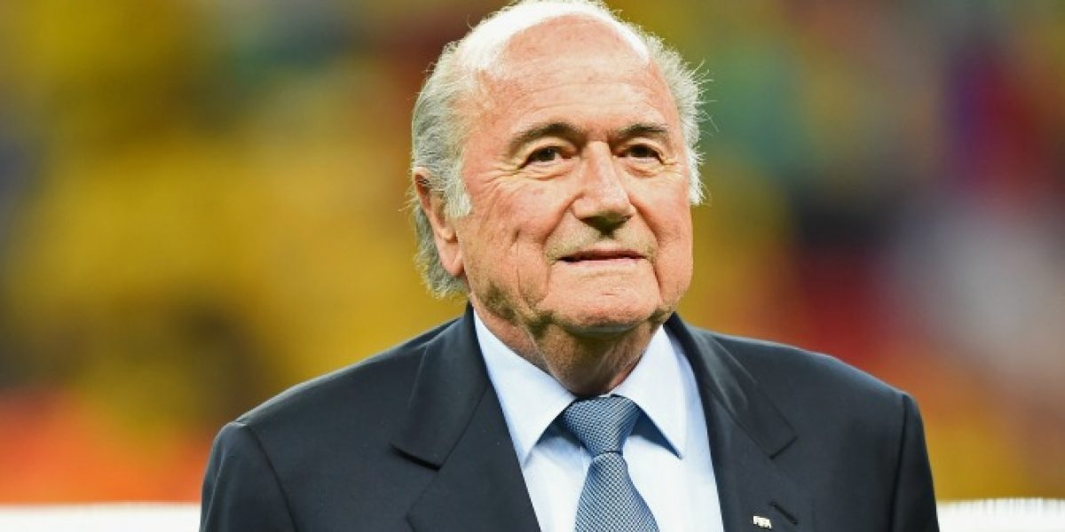Blatter confirmó ante la FIFA que irá por su quinto mandato