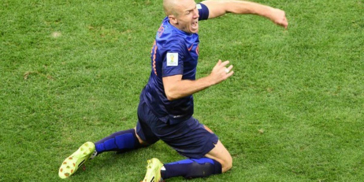 Robben aseguró que los árbitros están castigando sus simulaciones en el Mundial