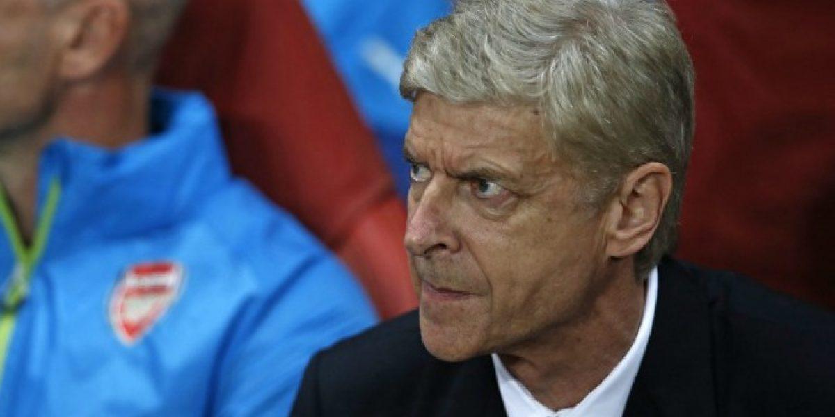 Wenger justificó el cambio de Alexis y avisó que la dolencia del chileno no es de gravedad