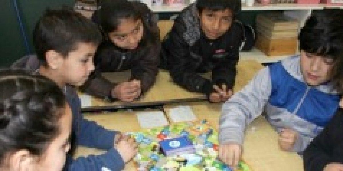Sernac premia a colegios que son parte de programa de educación financiera