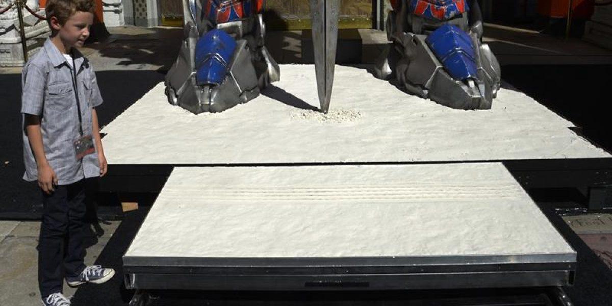 Optimus Prime es inmortalizado en el paseo de la Fama en Hollywood