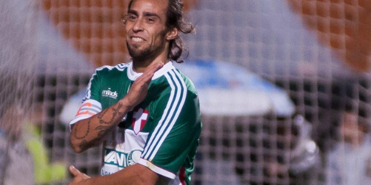 Técnico del Palmeiras está feliz con Valdivia y su renovado liderazgo