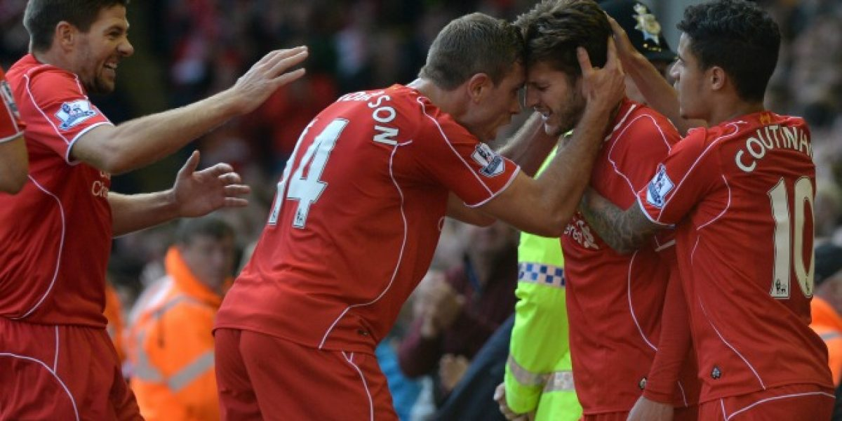 Liverpool toma aire al vencer al West Bromwich y queda a seis de Chelsea