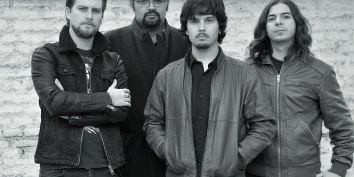 Jean Philippe vendió el disco de su banda en la calle