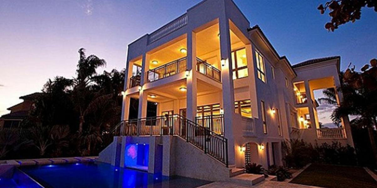 La lujosa mansión que vende Lebron James en Miami