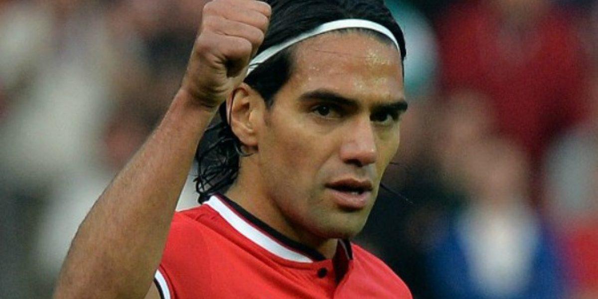 Le gustó Old Trafford: Falcao quiere vestir de Diablo Rojo durante