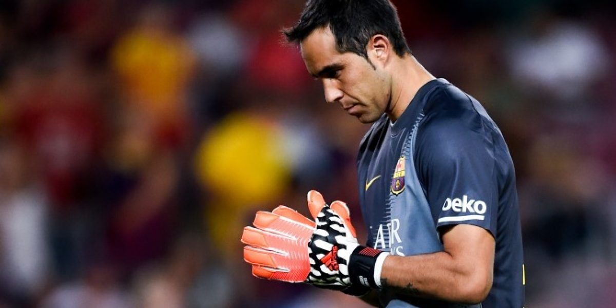 En España aseguran que Bravo hizo olvidar a Valdés y debe ser titular en Barcelona