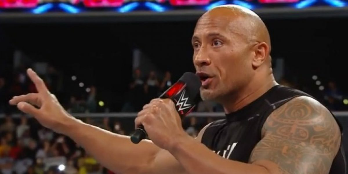 Video: el regreso triunfal de The Rock en la WWE fue con una paliza