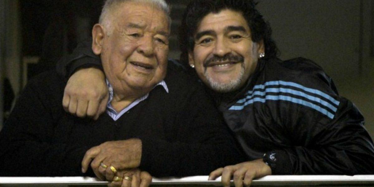 Maradona viajó de urgencia a Argentina por hospitalización de Don Chitoro